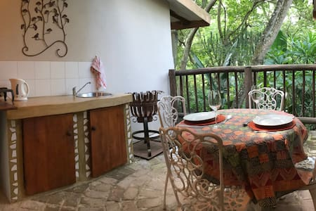 Old Joe's Kaia - The Family Unit (self-catering)