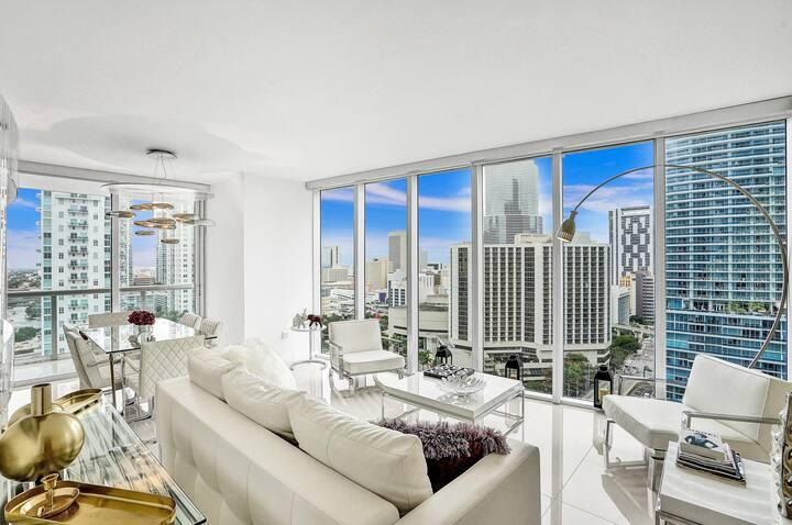 Luxury W Hotel Downtown Miami Beautiful Views