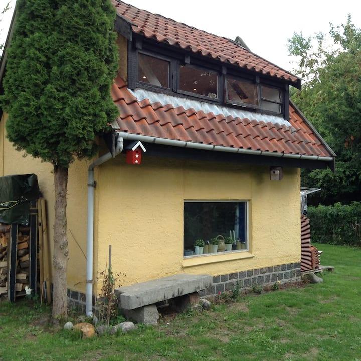 Anneks, selvstændigt lille hus i København
