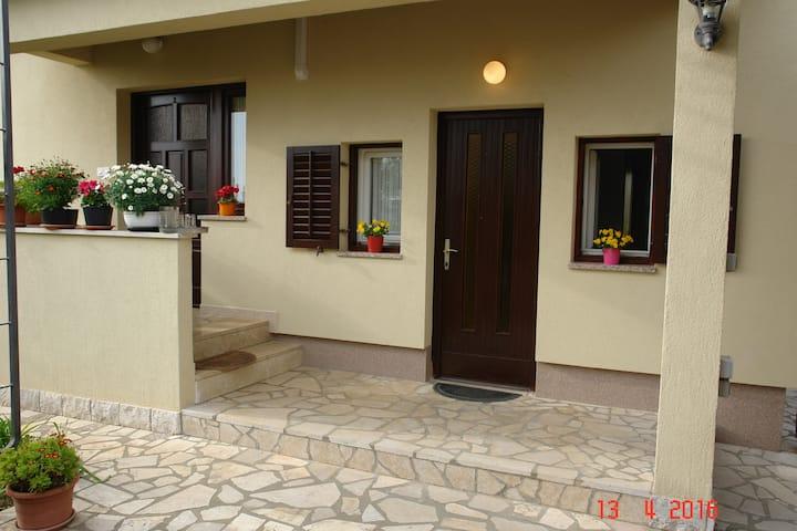 mini apartment for 2