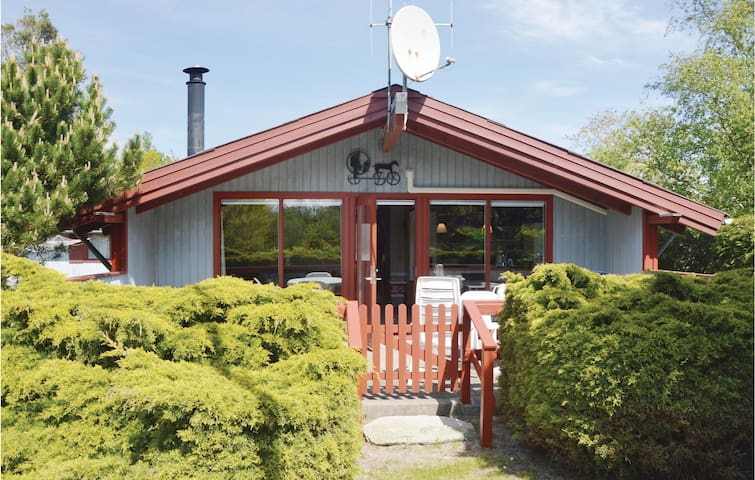 Holiday cottage with 3 bedrooms on 60m² in Hemmet