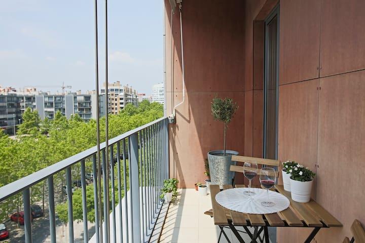 Gil's Modern Apartment - Oriente