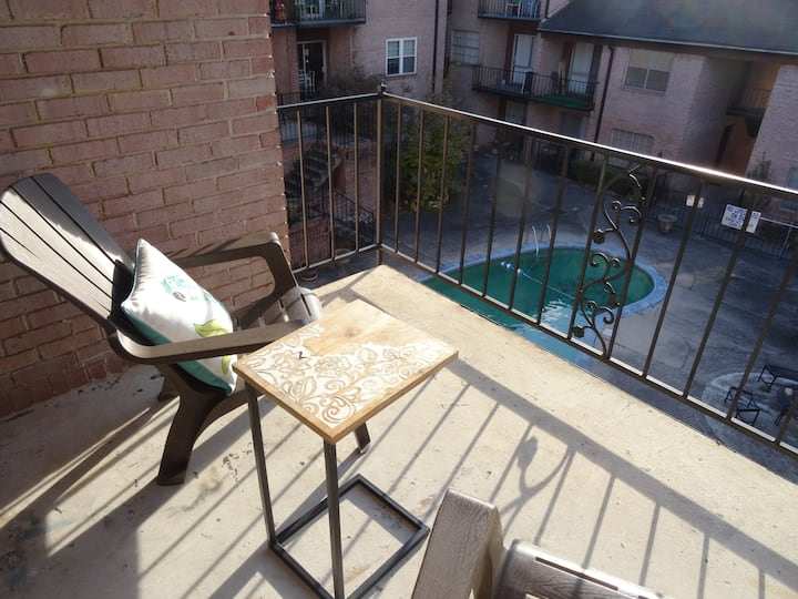 #3 UAB KING SUITE+2 MIN WALK TO RESTAURANT