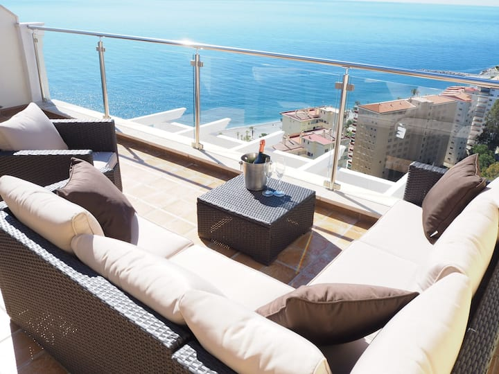 Penthouse in coastal paradise with fantastic view