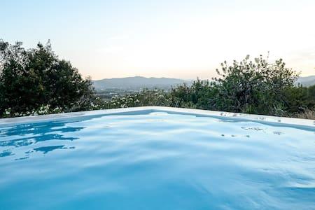 Ibiza Campo Guesthouse - Sant Llorenc de Balafia - 小木屋