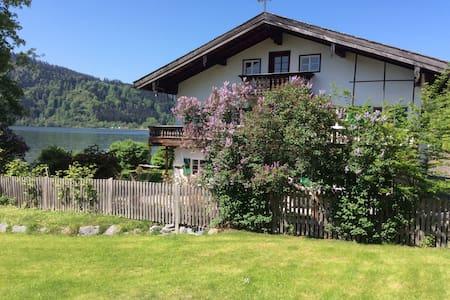 Schliersee Seehäusl, Appartement direkt am See