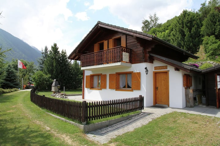 Detached chalet at 4 km. from Haute Nendaz