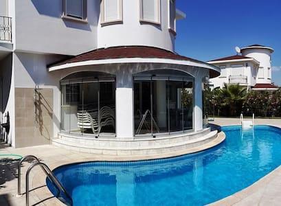 private villa with private pool - Serik