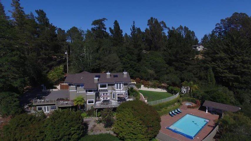 Idyllic Country Estate Near Santa Cruz - Aptos - House