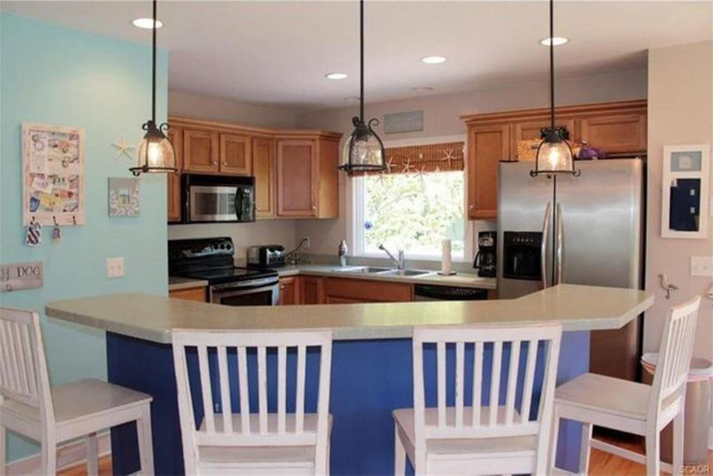 Fully equipped kitchen, pots, pans, dishes all utensils