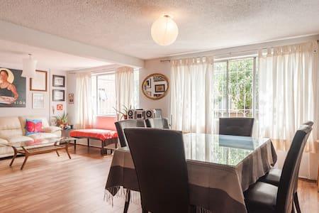 Very nice and cozy room - Mexiko-Stadt