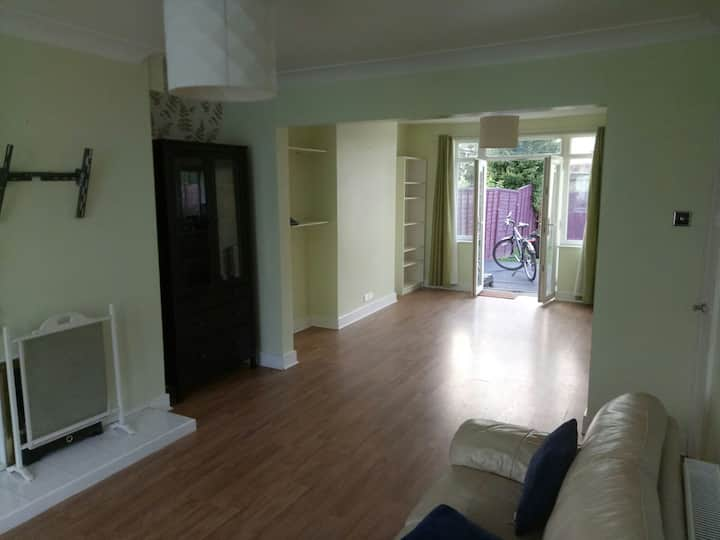 Three bedrooms near Eastville park