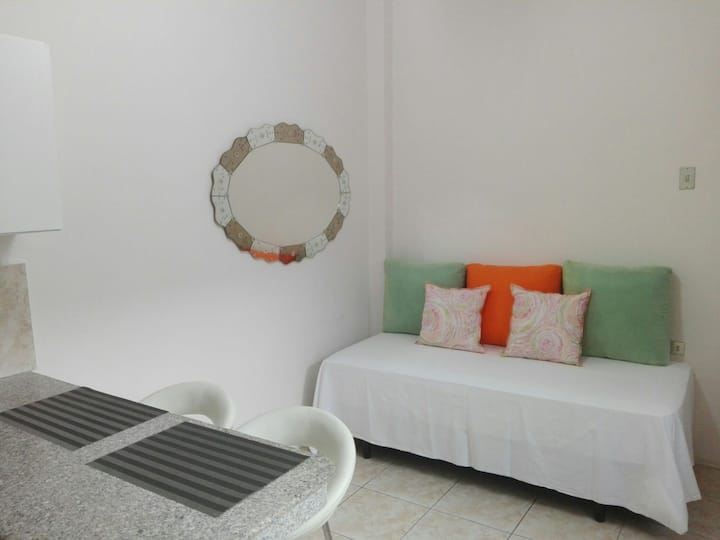 Suite in Guayaquil with amazing garden
