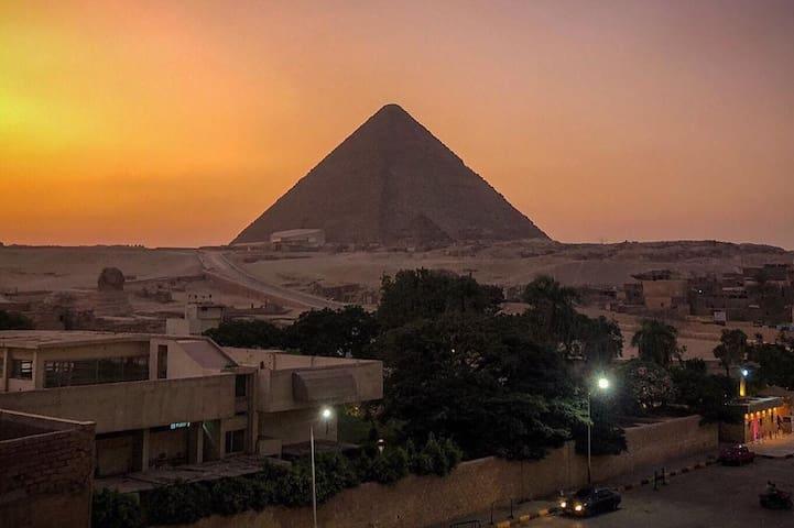 Pyramids View Apartment 2