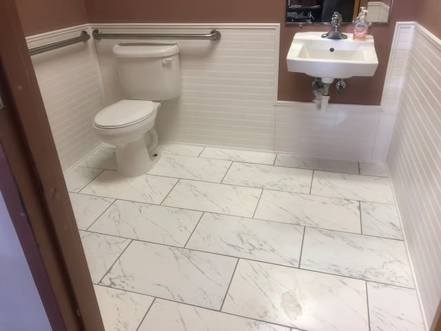 2 renovated restrooms