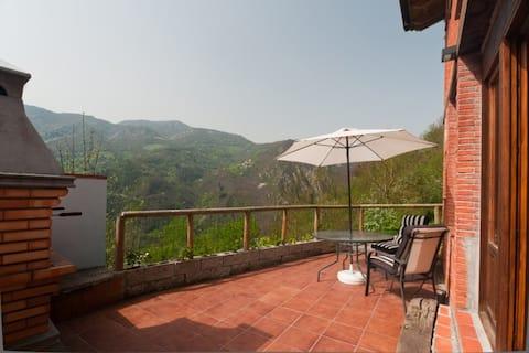 Jacuzzi, vistas espectaculares,chimenea y barbacoa