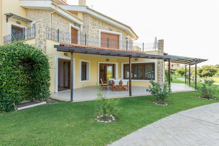 Fresh New Villa at picturesque Afitos Chalkidiki - Afytos - Vila