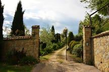 ingresso casa tra li ulivi