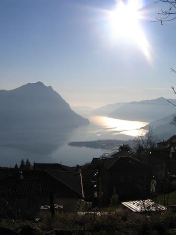 Lago d'Iseo: Grande bilocale  - Flaccanico - Casa