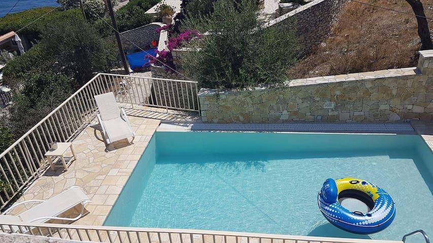Mare Villa Ble - luxurious villa close to beach