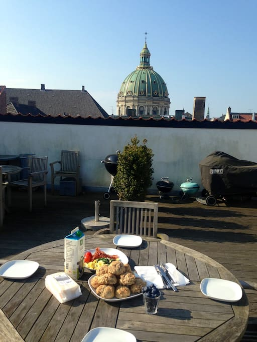 Breakfast at the rooftop