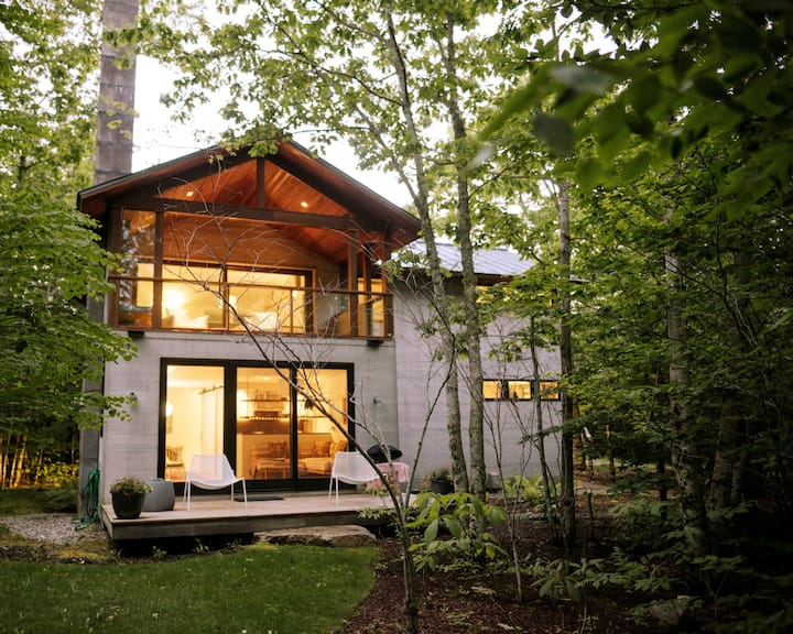 Exquisitely Modern Maine Cottage @Diagonair