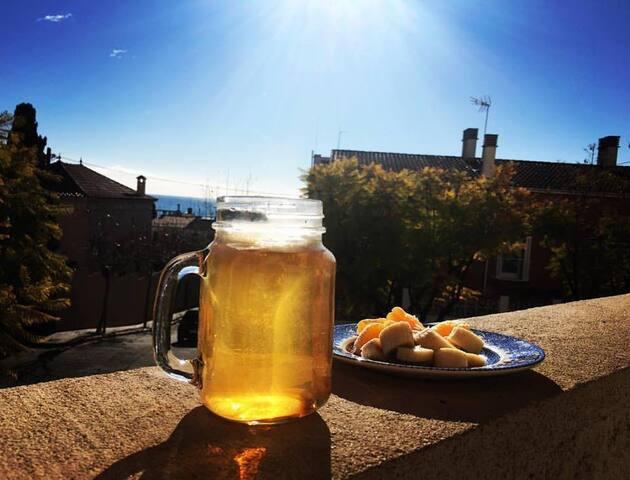 Desayuna con vistas al mar a 20 min de Barcelona! - El Masnou - Pokój gościnny