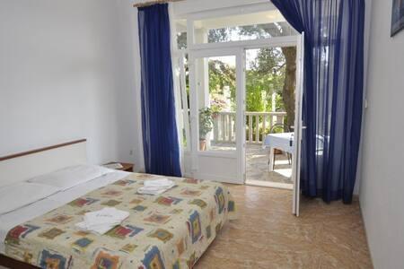 Apartman 2, ground floor - Orebić