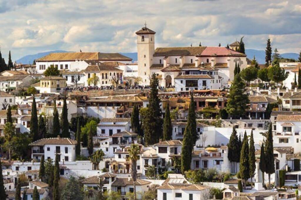 Barrio del Albaycin-Patrimonio de la Humanidad