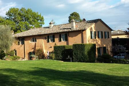 Splendida villa con piscina a Siena - Siena