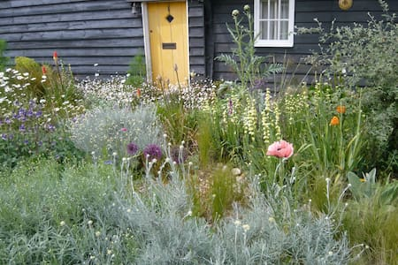 Beautiful old wooden house & garden - Heybridge - House