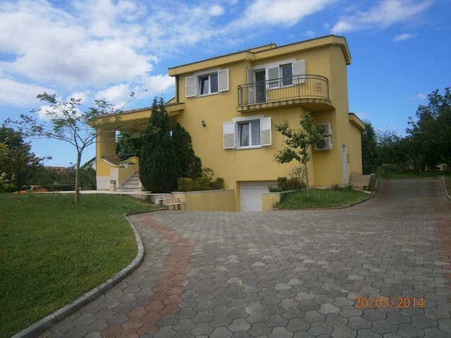 Fabulous Villa Ivanka - Federacija Bosne i Hercegovine - Hus