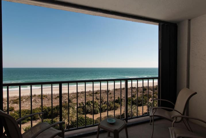 Oakley-Comfortable oceanfront condo on the south end of the island