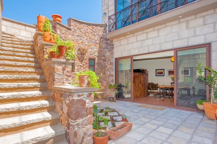 Safe, Private Compound for 4 Overlooking SanMiguel