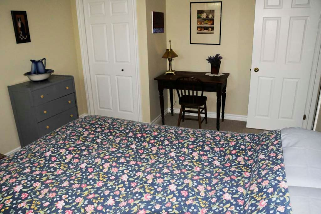 The smaller guest bedroom for this listing