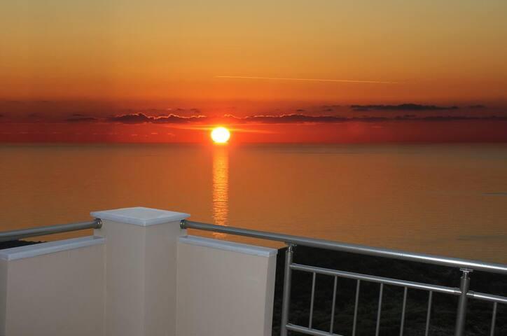 Sun Gazing Villas