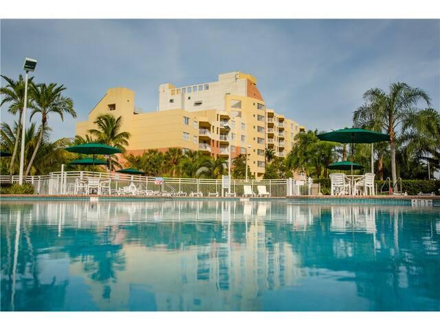 Christmas in Florida - Large 1BR Apt - Fort Lauderdale - Apartamento