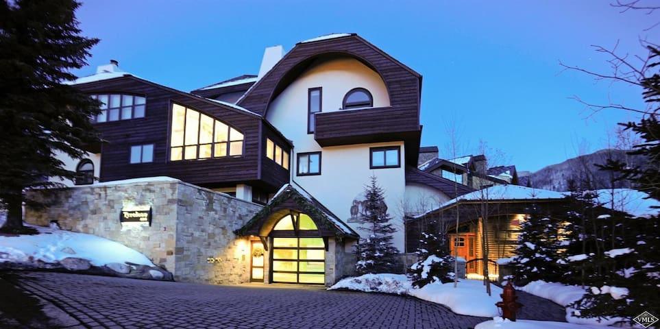 Vail Village Luxury Condo