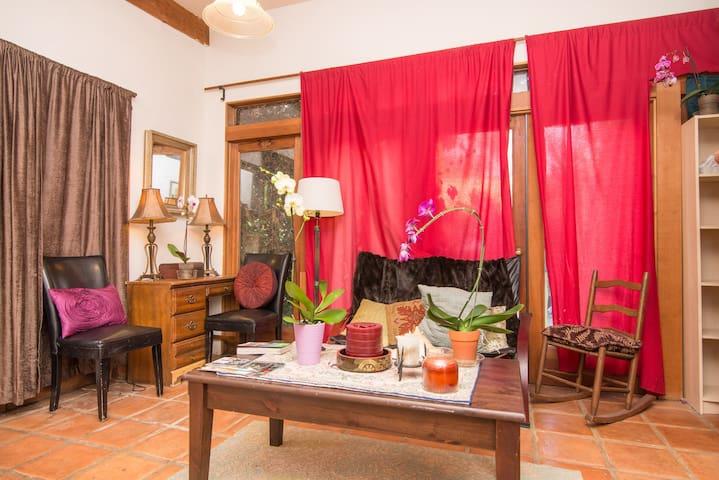 Pasadena Foothills Oasis Guesthouse - Pasadena - Apartment
