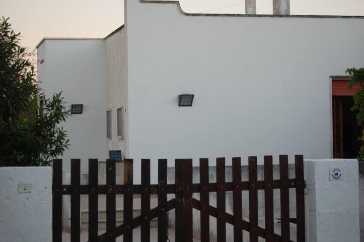 Villa Lolla in riva allo Jonio - Torre Suda - Villa
