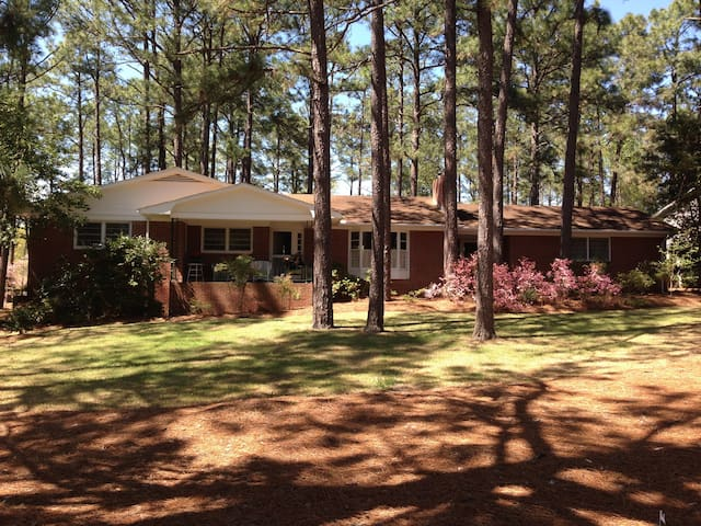 Beautiful Home near US Open - Whispering Pines - Casa