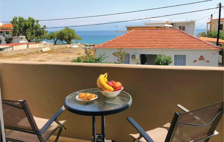 Holiday apartment with 2 bedrooms on 51m² in Corinth