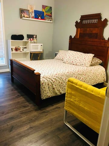 Private room close to Tupelo/Oxford!