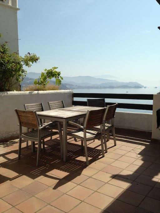 Perfect place at sea appartements louer almu car - Appartement reve saint petersbourg anton valiev ...