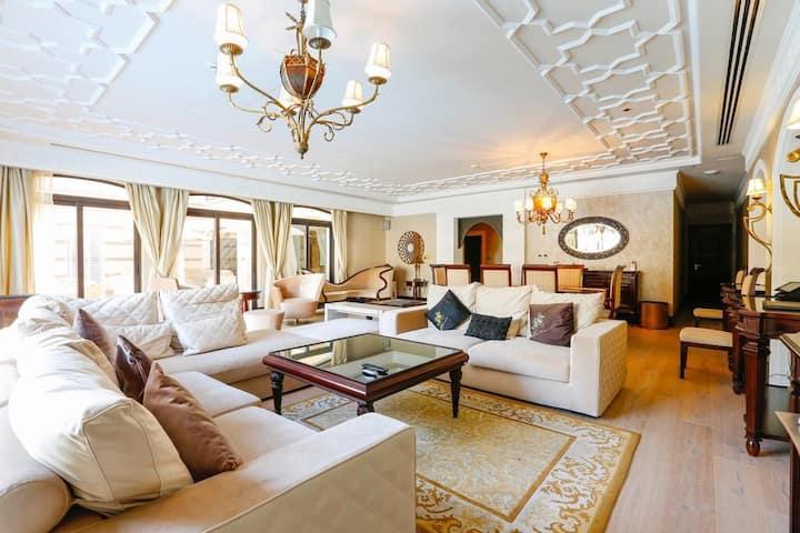 Zabeel Saray Luxury 5 BR Lagoon Villa