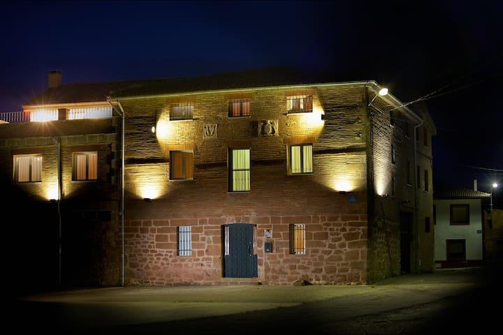Casa Rural LarEmilia, alquiler completo. - Barrio de Díaz Ruiz