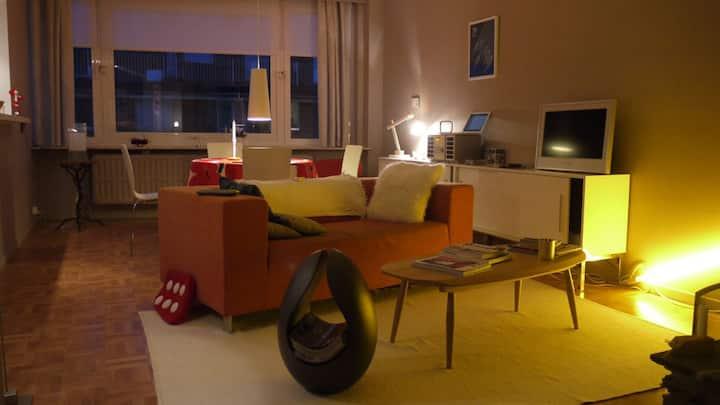 Cosy & retro-modern apartment