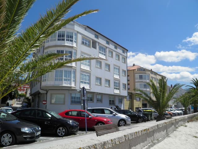 2 bed Apartment - Beachfront - Portosin - Wohnung