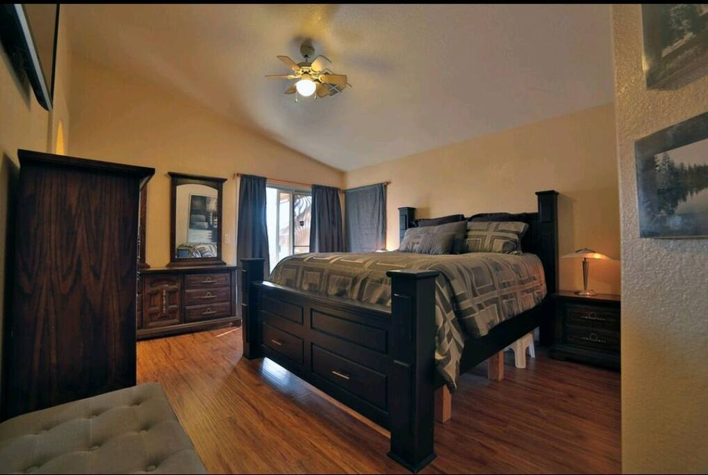 "Master Bedroom - Cali King Bed, 50"" TV w/ Roku, walk in closet, attached full bath!"