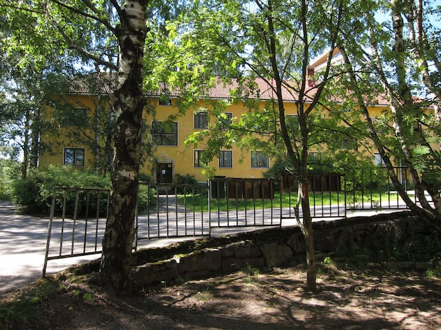Apartment 15 mins from downtown Helsinki